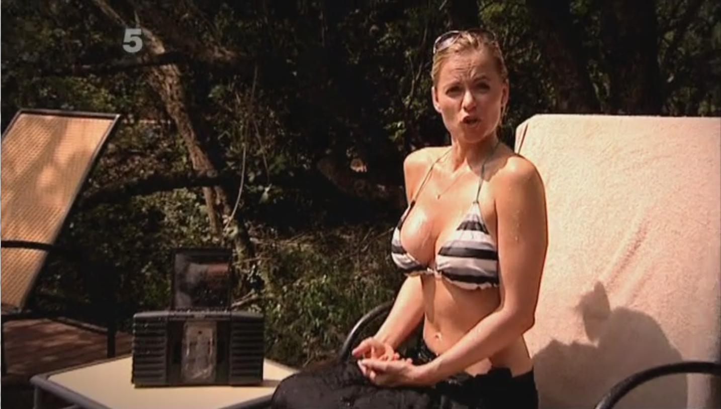 gadget show present pollyanna in bikini marxworld