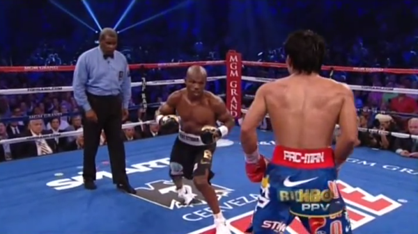 Timothy Bradley Boxing Twisted Right Foot